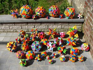 psychedelic-math-makes-for-some-trippy-origami-art.w654
