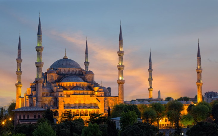 blue-mosque-istanb_3379057k